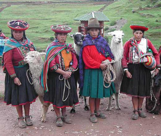 Cusco, Sacsayhuaman - Indios