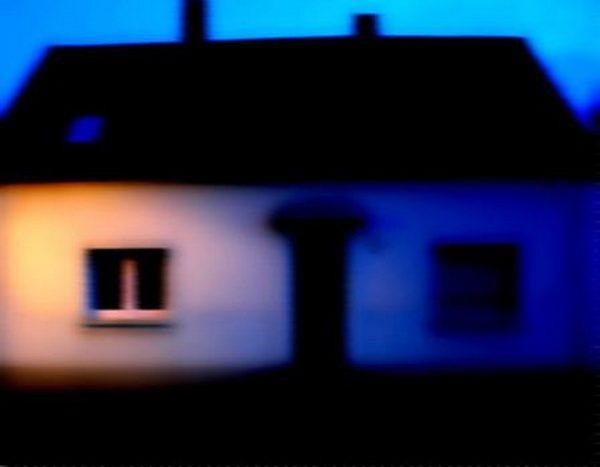 Foto: Zechenhaus, verschwommene Erinnerung an meine Kindheit. Die Fotos aus meiner Kindheit habe ich mit der Urne meiner Mutter entsorgt.